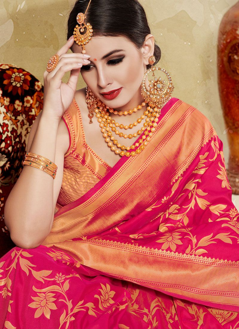 caba06b17432d9 Fascinating Red Color Printed Silk Saree Fascinating Red Color Printed Silk  Saree