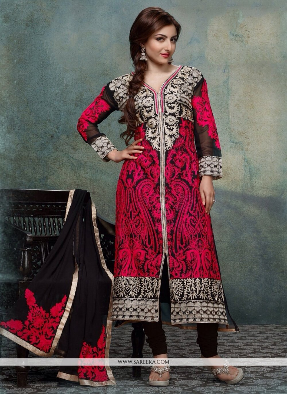 Soha Ali Khan Black Cotton Churidar Suit