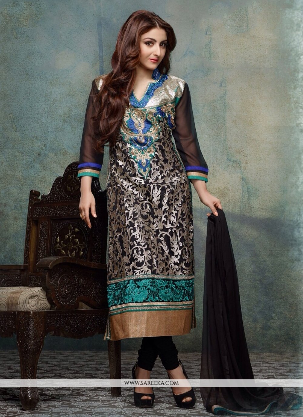 Soha Ali Khan Black Georgette And Net Churidar Salwar Suit
