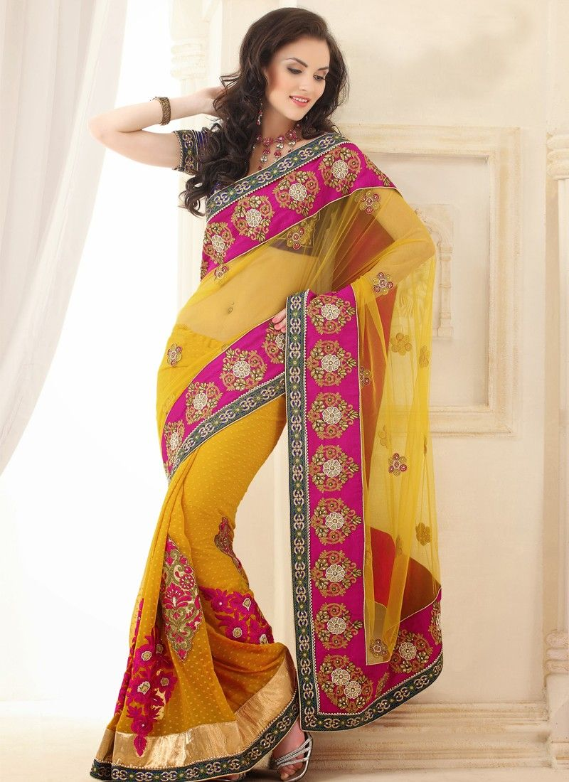 how to carry a saree gracefully