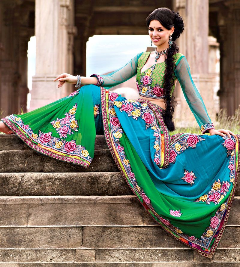Motifs Georgette Saree