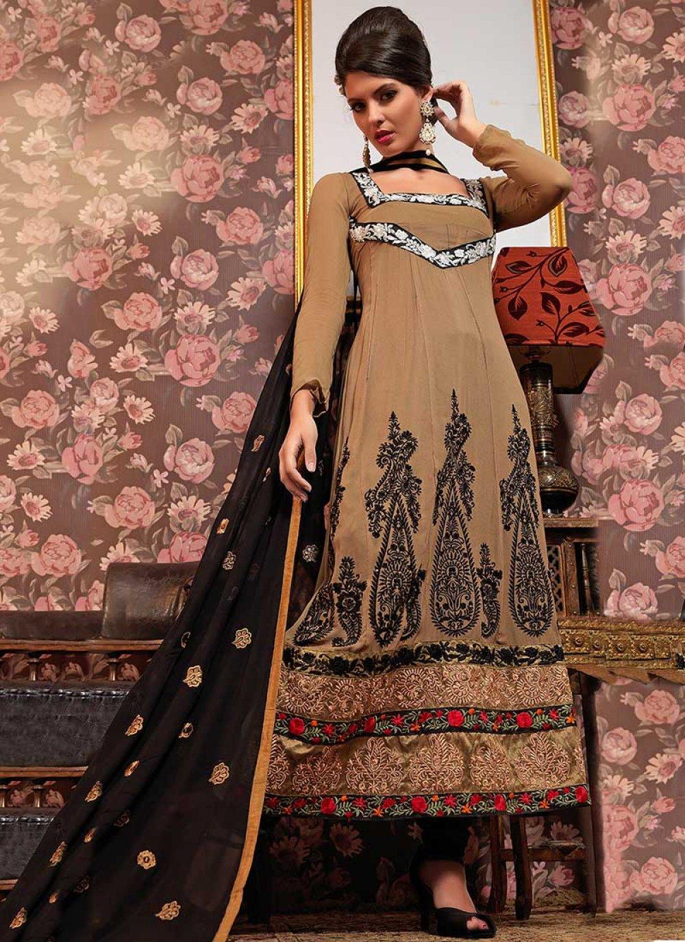 Beige Resham Enhanced Pakistani Suit
