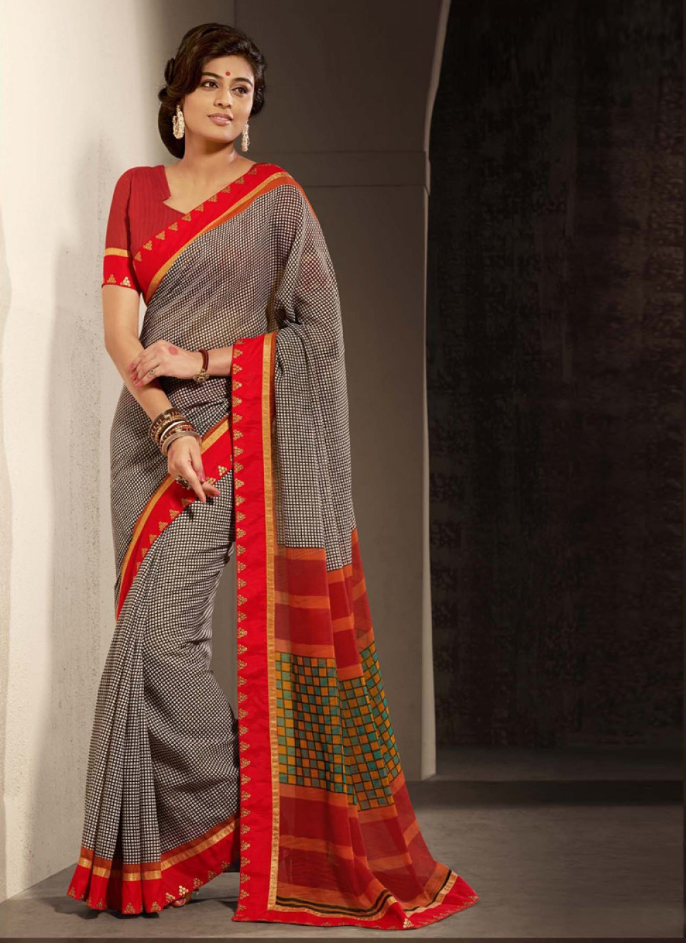 Black And Red Printed Casual Saree