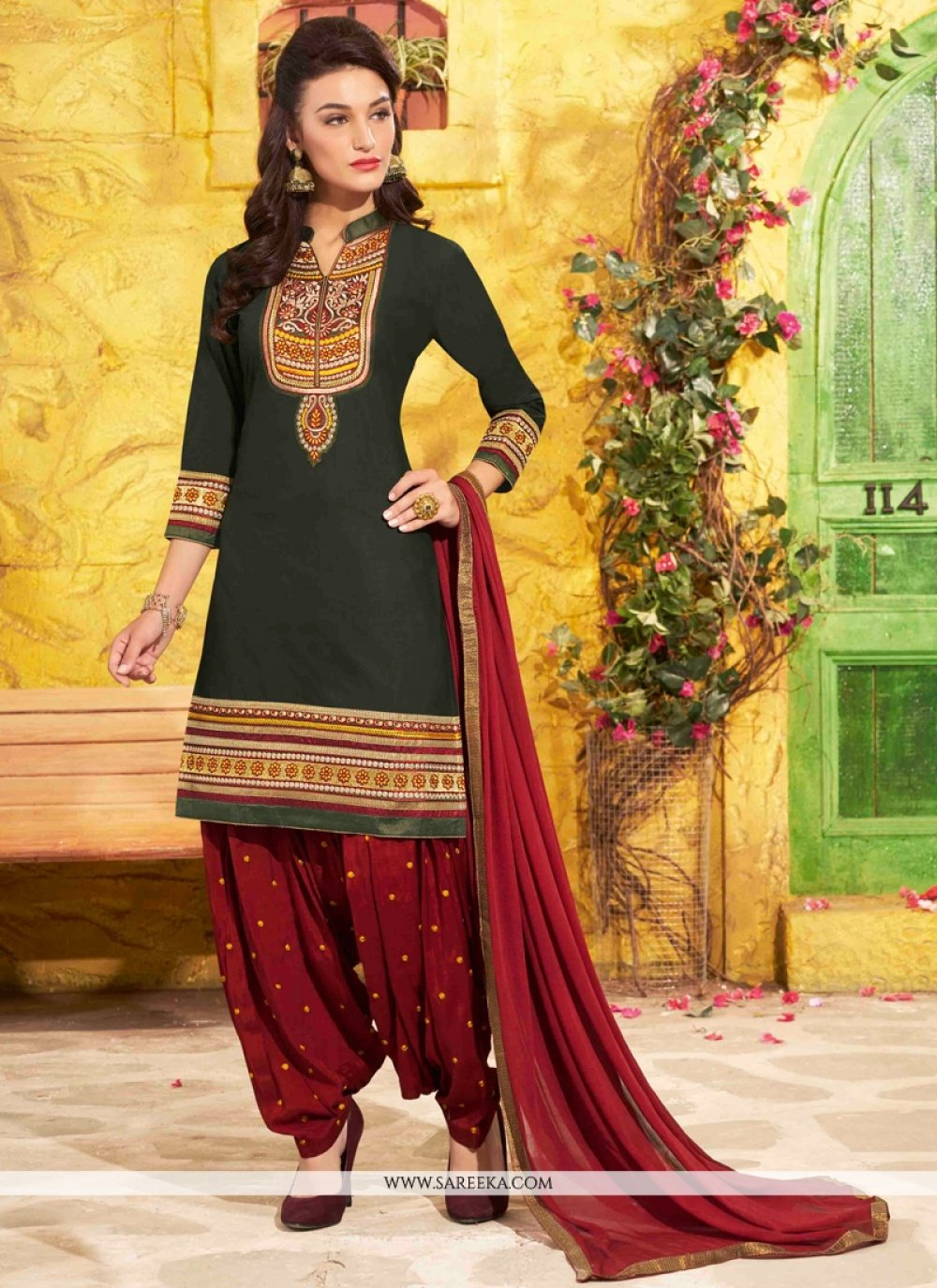 Black Designer Patila Salwar Suit