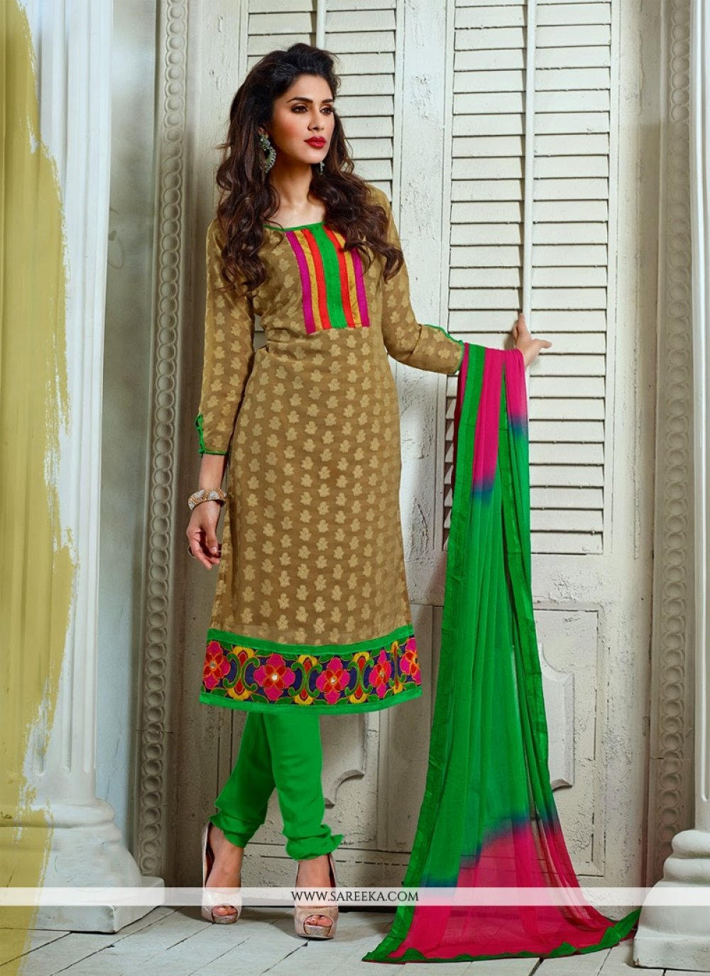 Fabulose Brown Pure Jacquard Churidar Suit