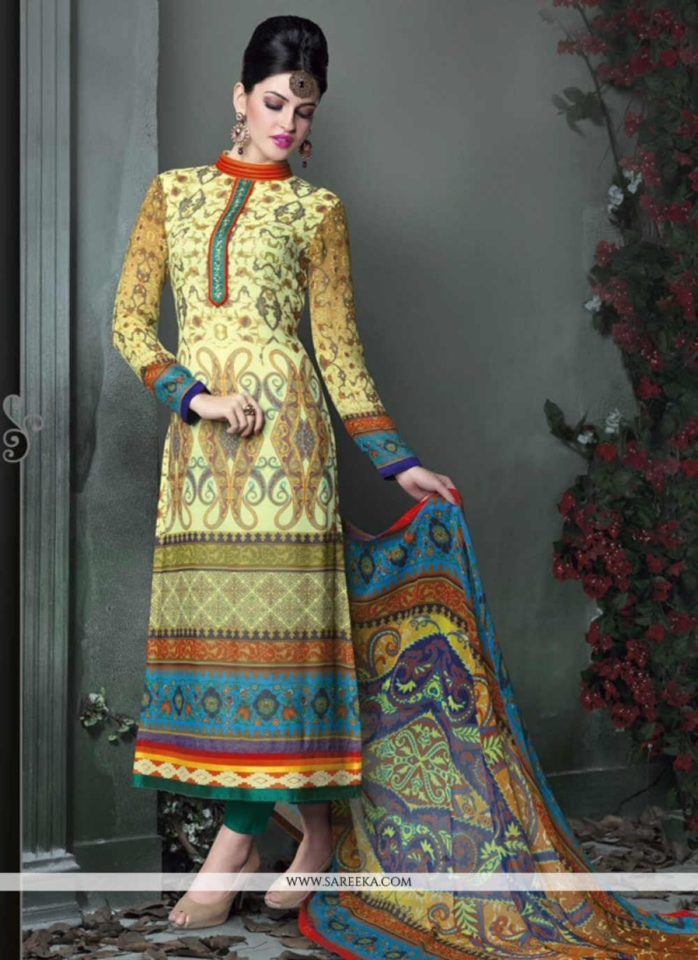 Fabulose Green Printed Churidar Salwar Suit