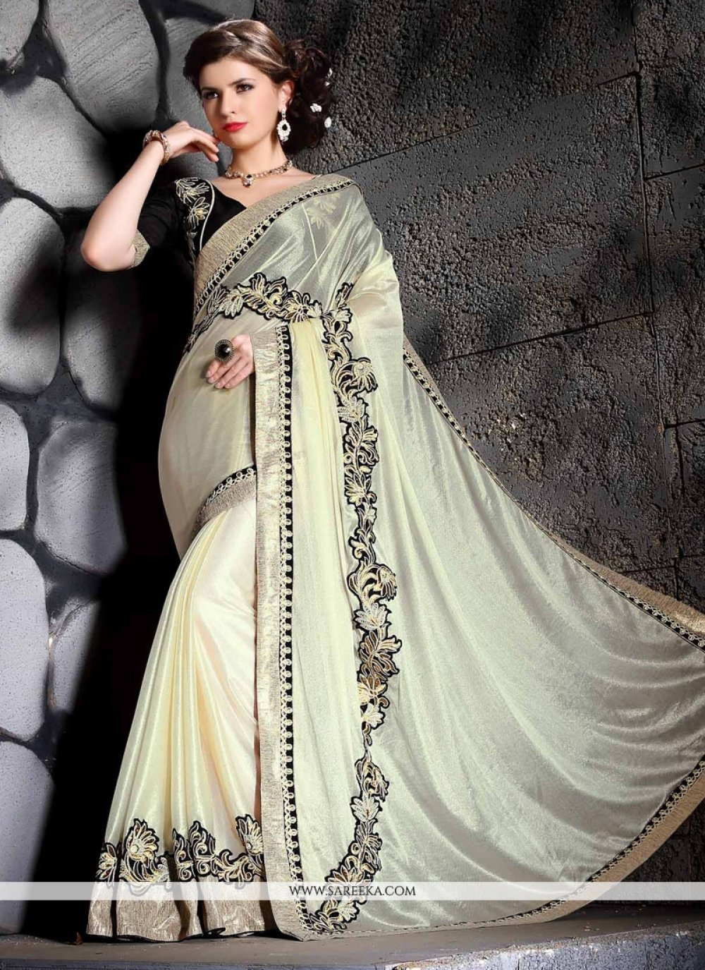 Patch Border Work Cream Jacquard Designer Saree