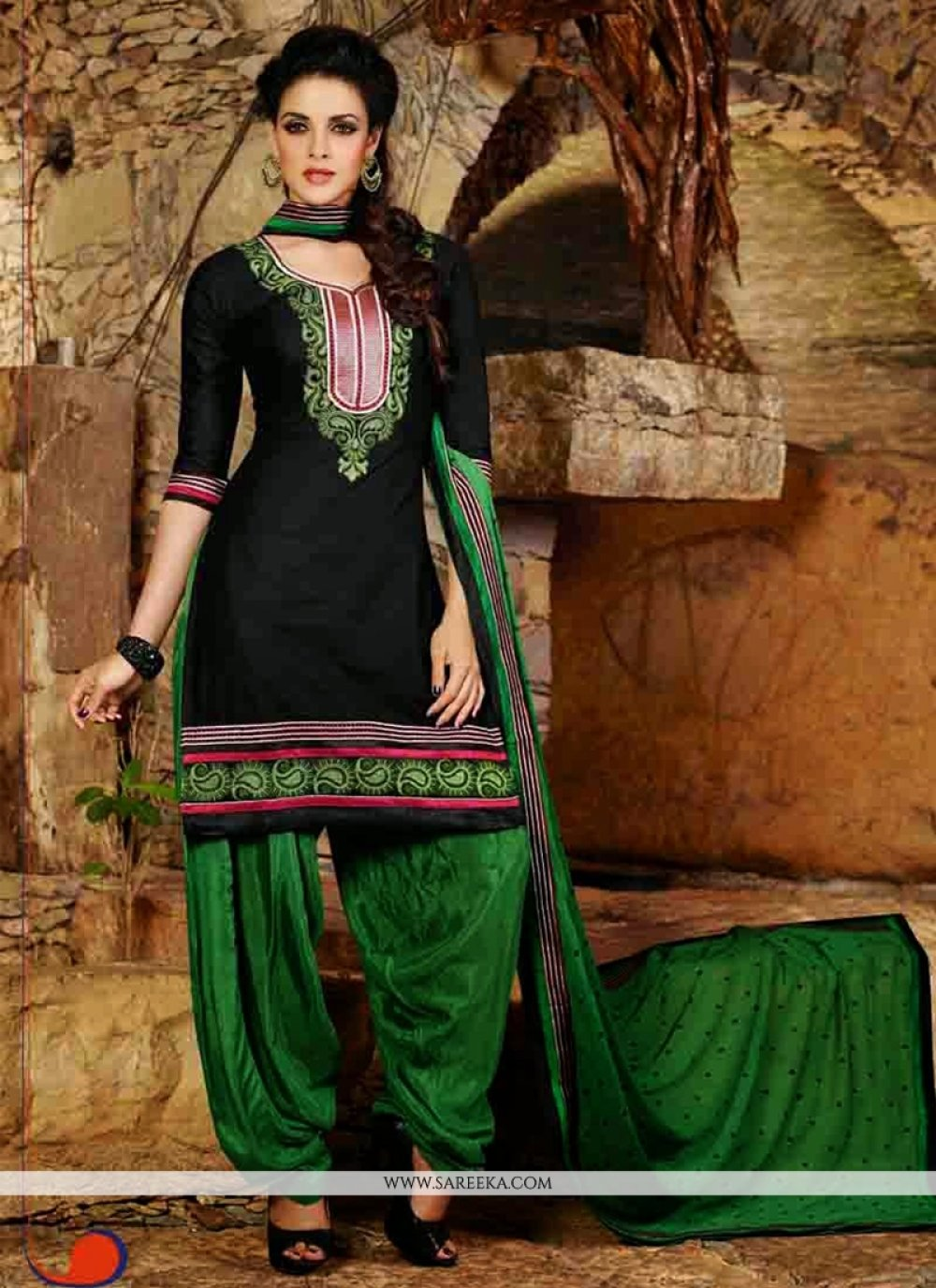 Jaaz Black Cotton Punjabi Suit