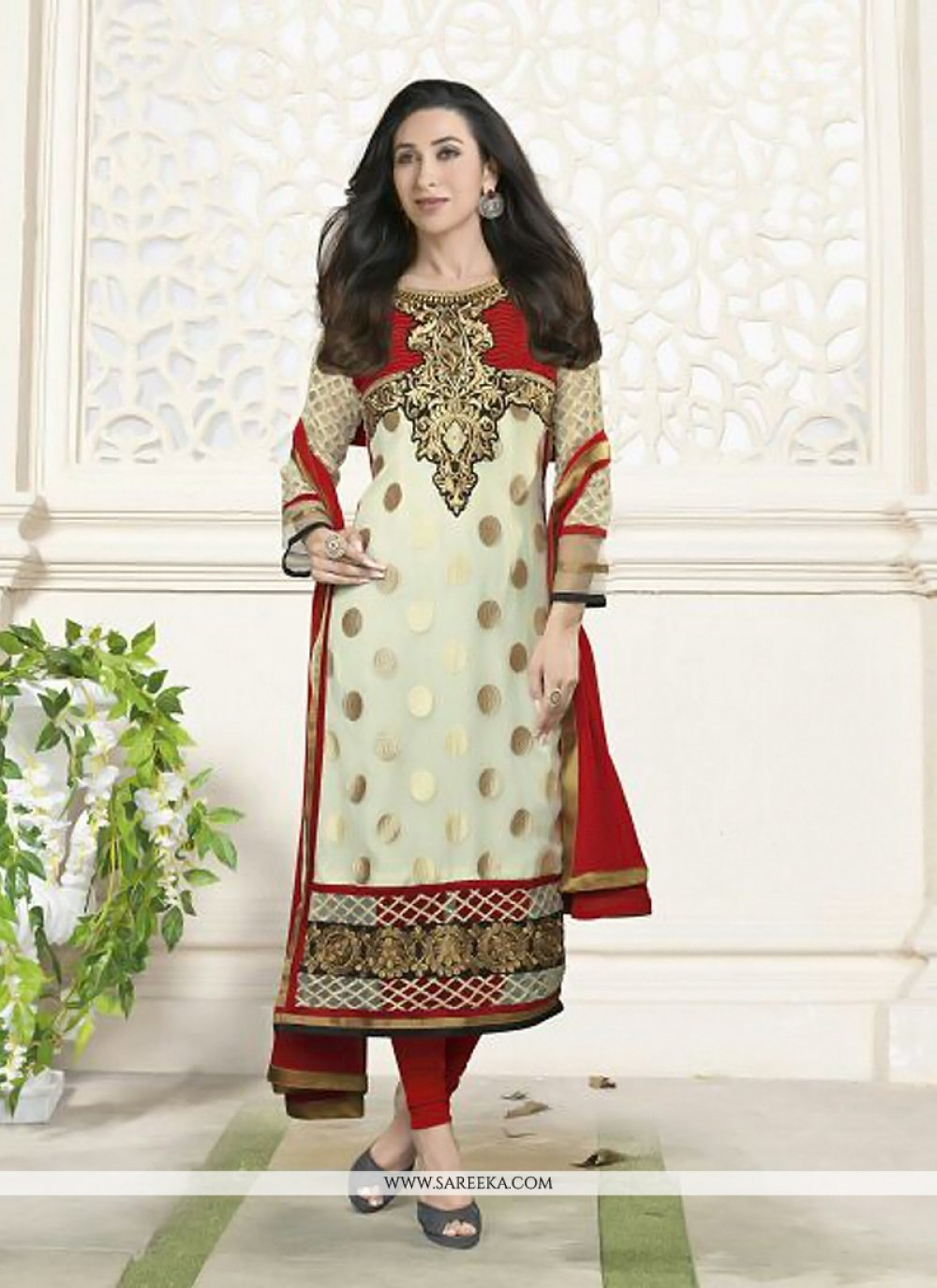 Karishma Kapoor Cream Border Work Salwar Suit