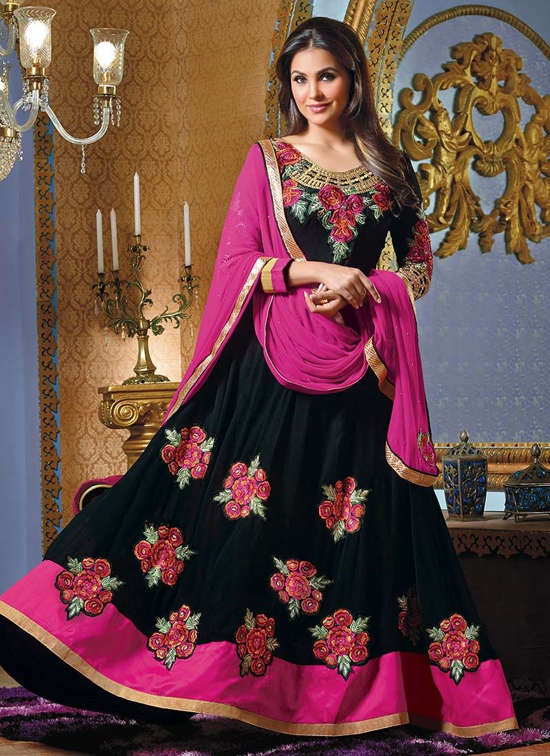 Lara Dutta Black Resham Length Anarkali Suit