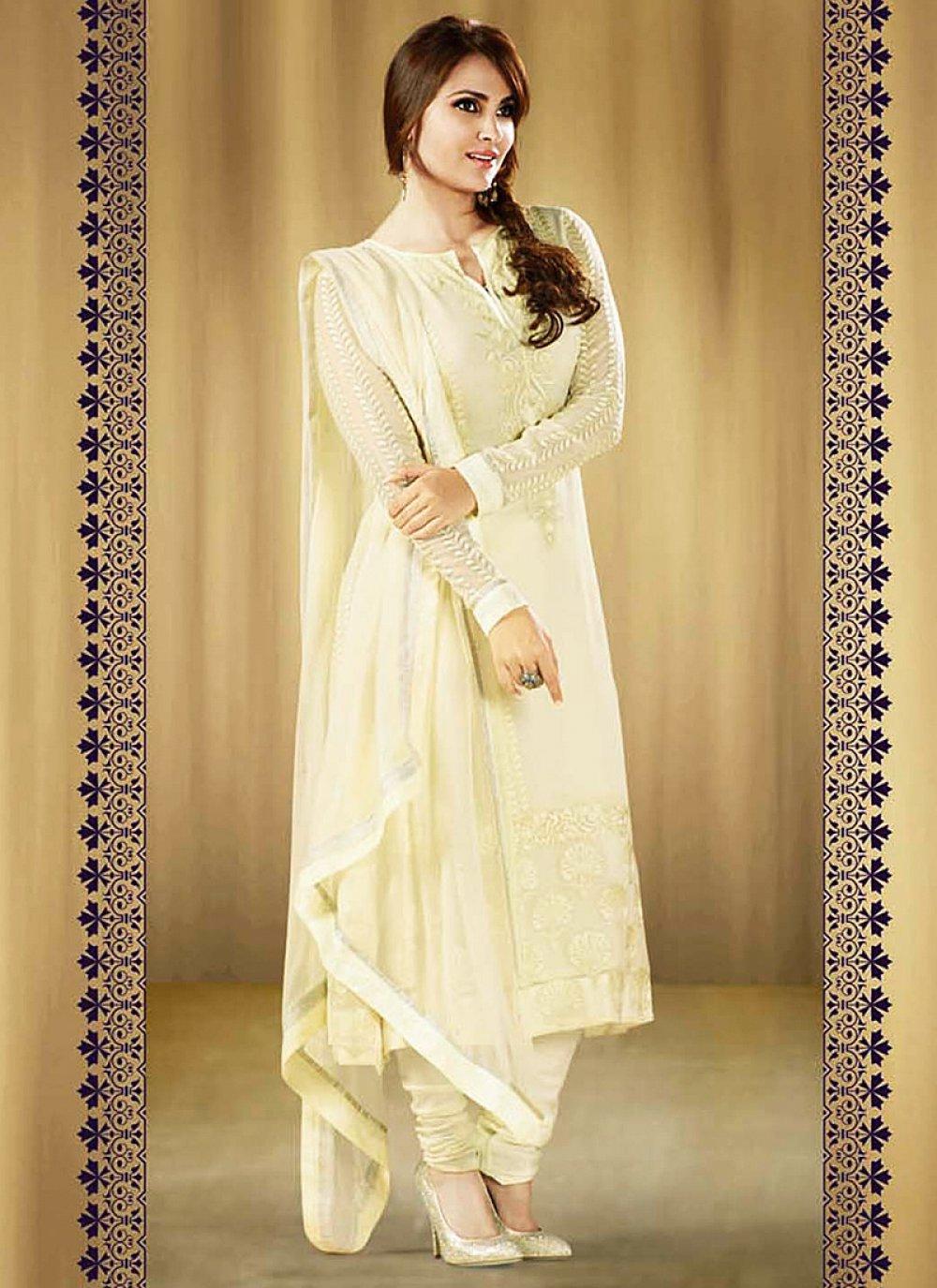 Lara Dutta Cream Resham Work Anarkali Salwar Kameez