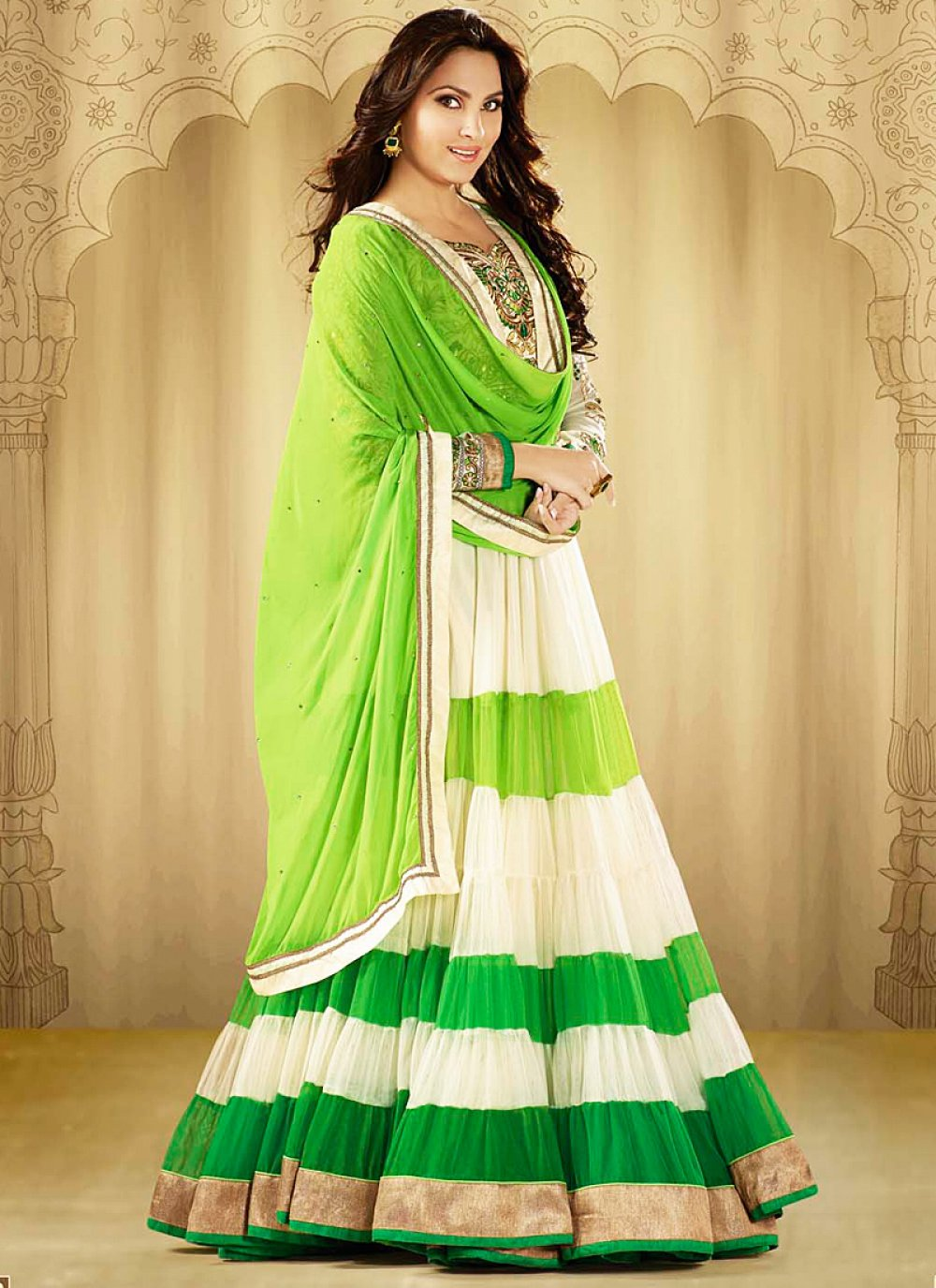 Lara Dutta Off White And Green Embroidery Work Anarkali Suit