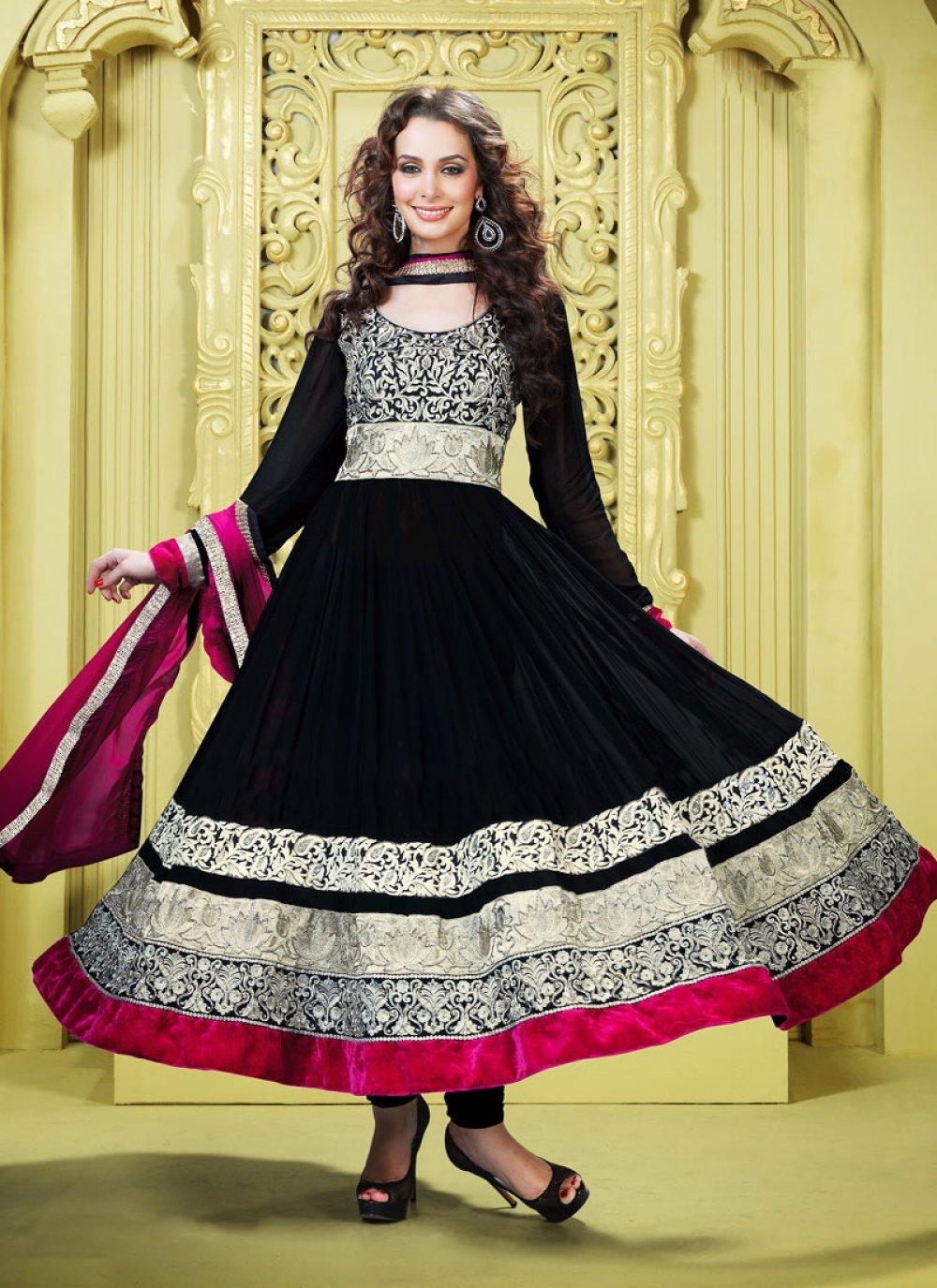 Luscious Black Salwar Kameez