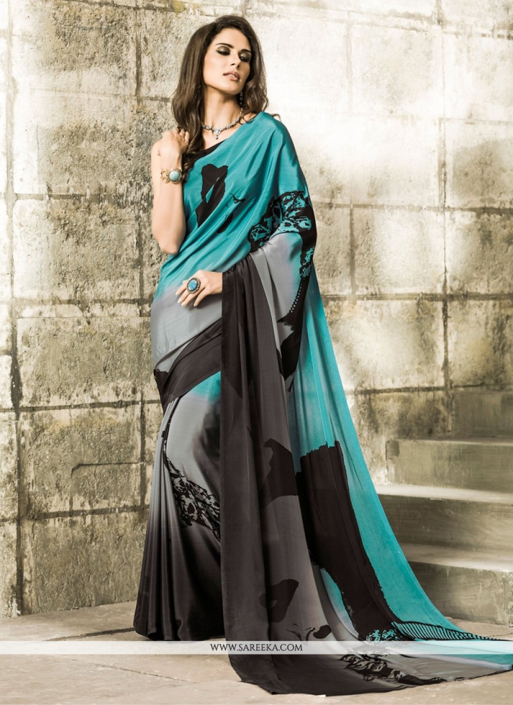 Lustrous Casual Saree For Casual