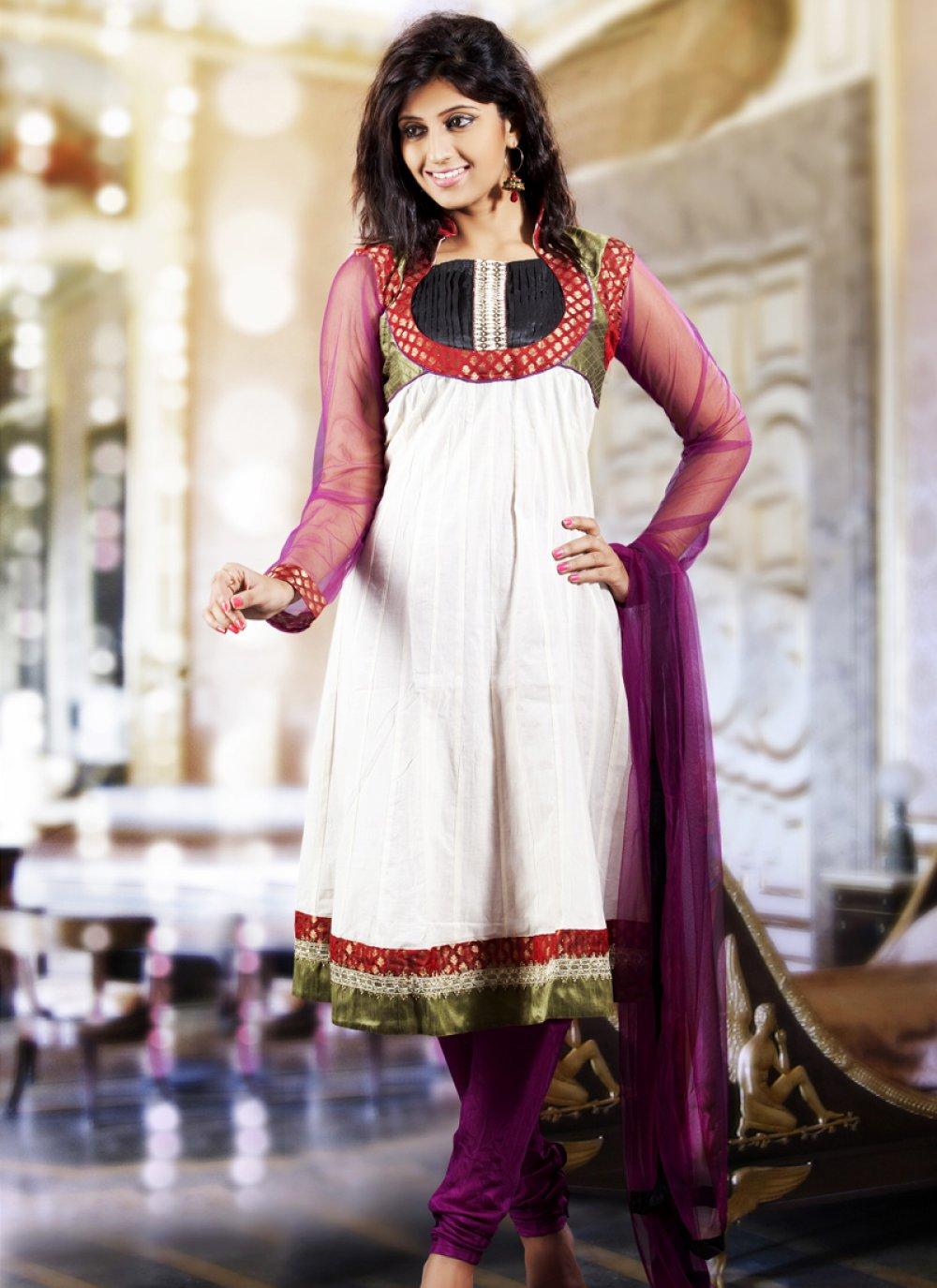 Magenta & White Salwar Kameez