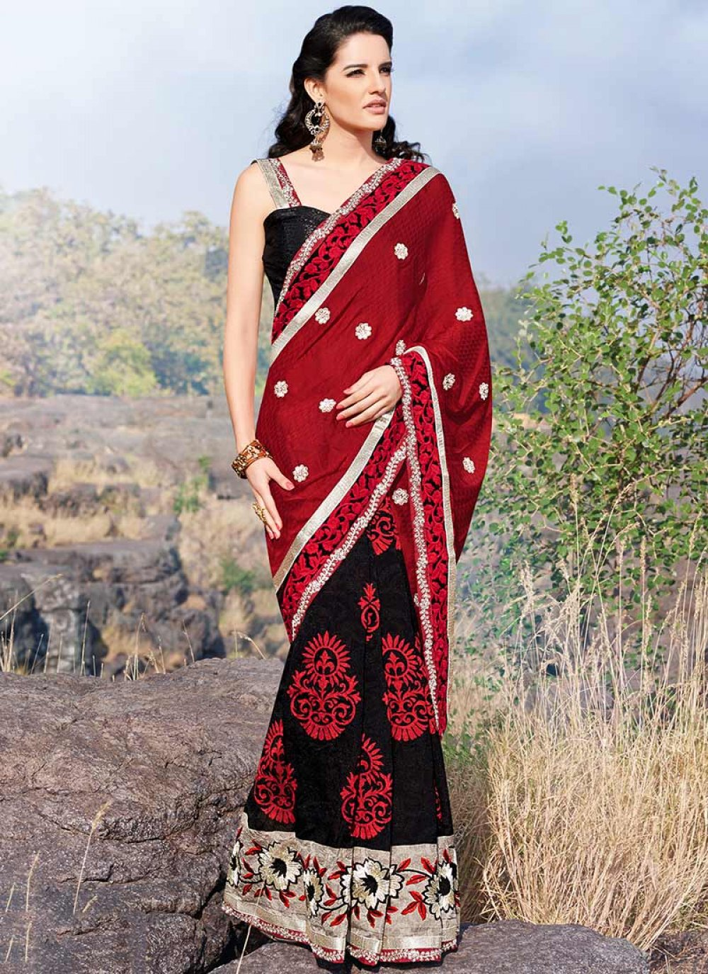Black And Red Border Work Jacquard Saree