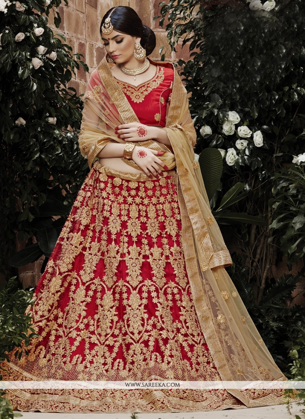 Zari Net Lehenga Choli in Red
