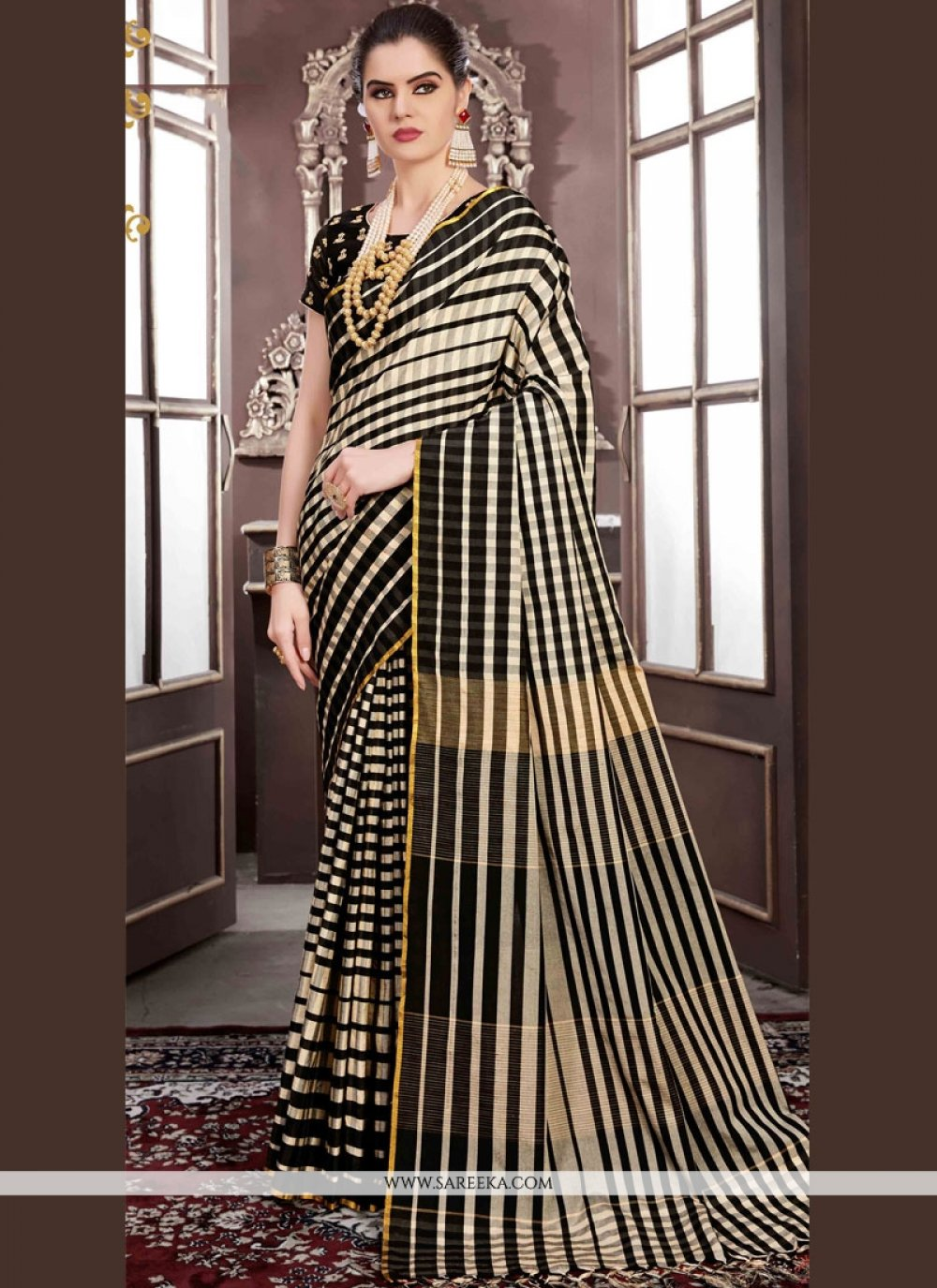 Black Handloom silk Classic Designer Saree