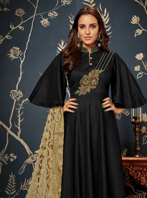 Black Readymade Gown