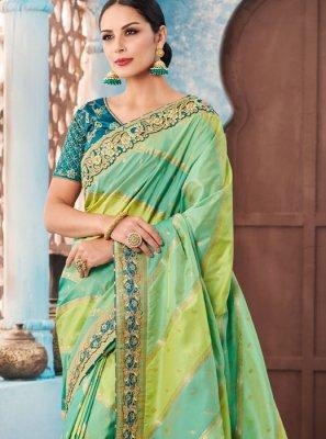 Border Tafeta silk Trendy Saree