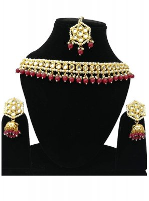 Bridal Jewellery Stone in Gold