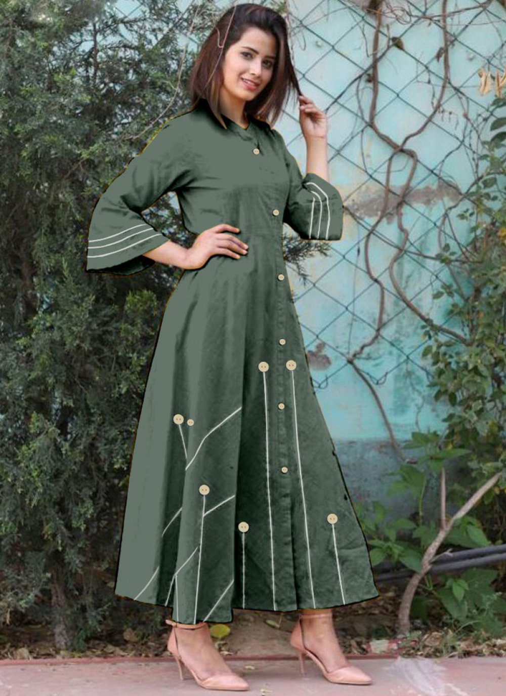 Buttons Cotton   Casual Kurti in Green