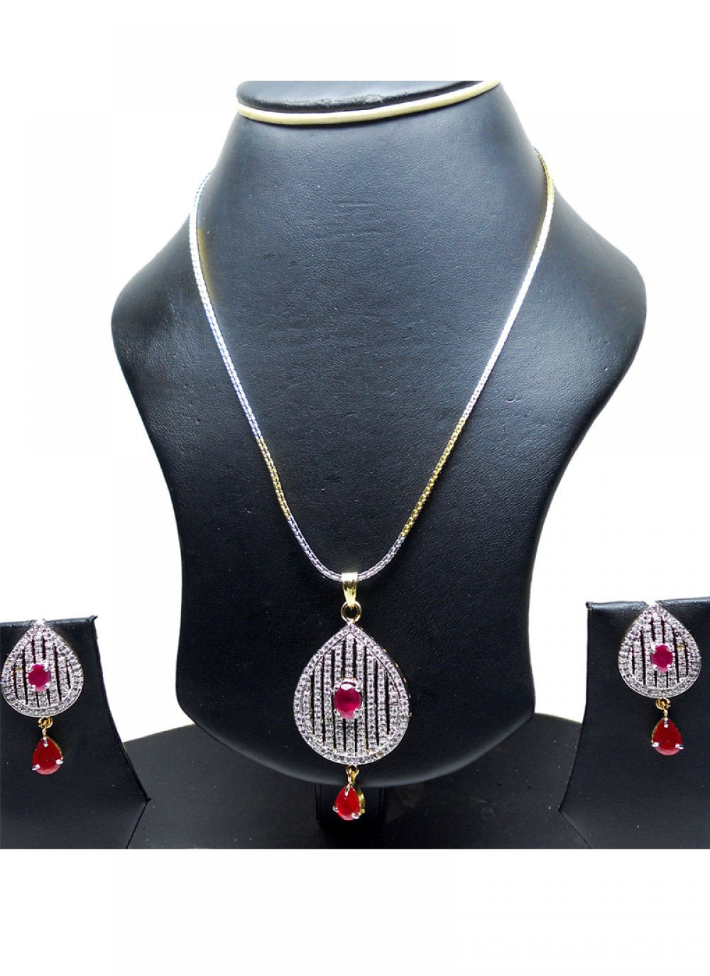 Gold and Silver Diamond Mehndi Pendant Set