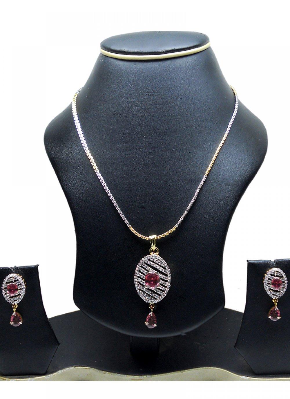 Gold and Silver Diamond Mehndi Pendant Set