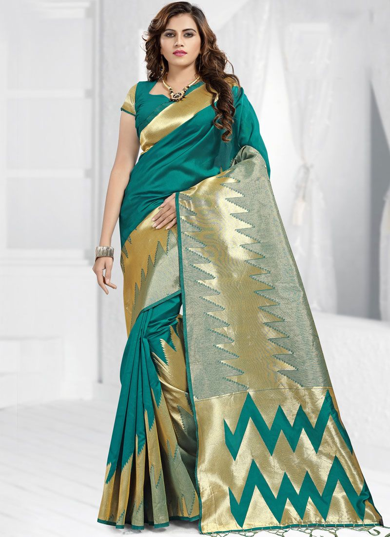 Green Abstract Print Classic Saree