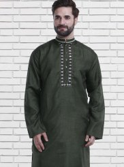 Green Embroidered Reception Kurta Pyjama