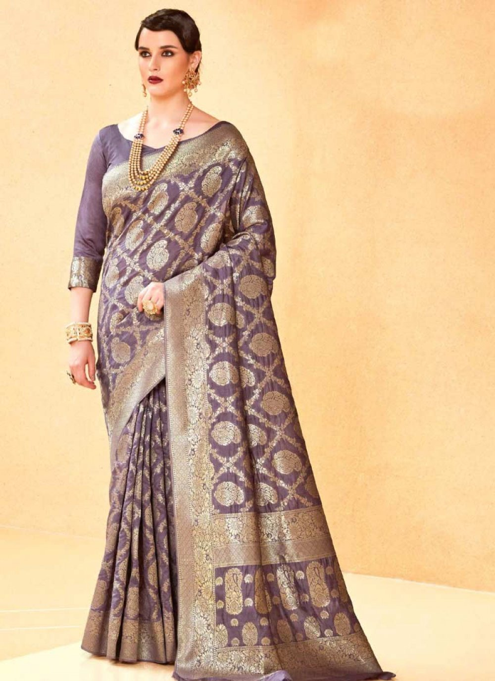 Handloom silk Designer Traditional Saree in Violet