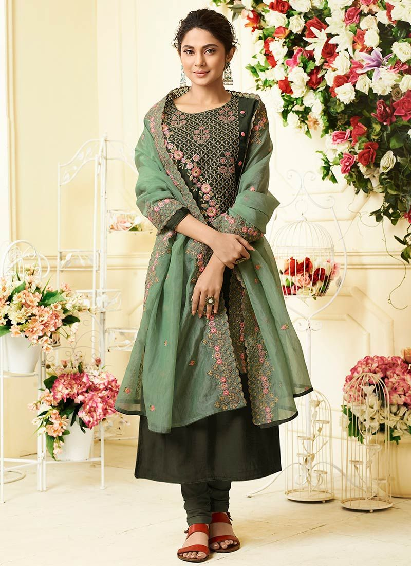 Jennifer Winget Green Art Silk Designer Suit