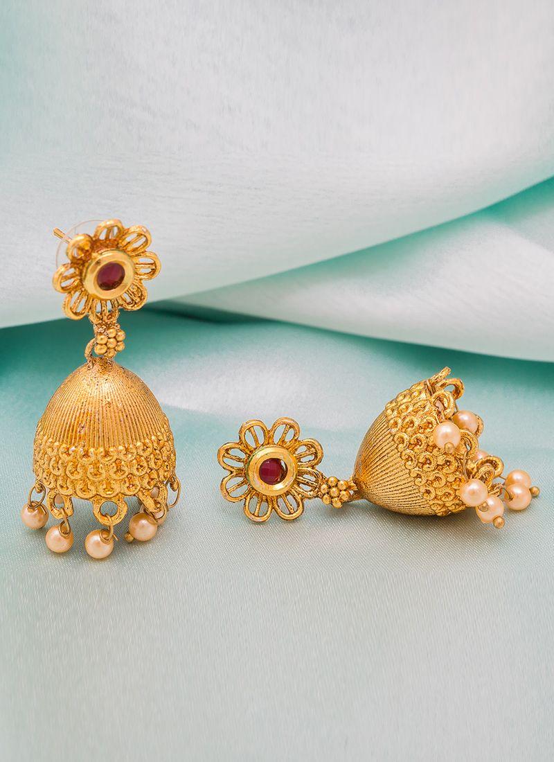 Stone Work Ear Rings in Gold