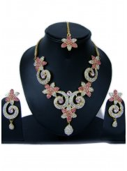 Stone Work Gold and Hot Pink Necklace Set
