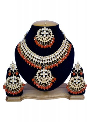 Stone Work Gold and Orange Necklace Set