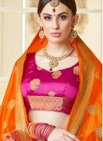 Tussar Silk Abstract Print Classic Saree