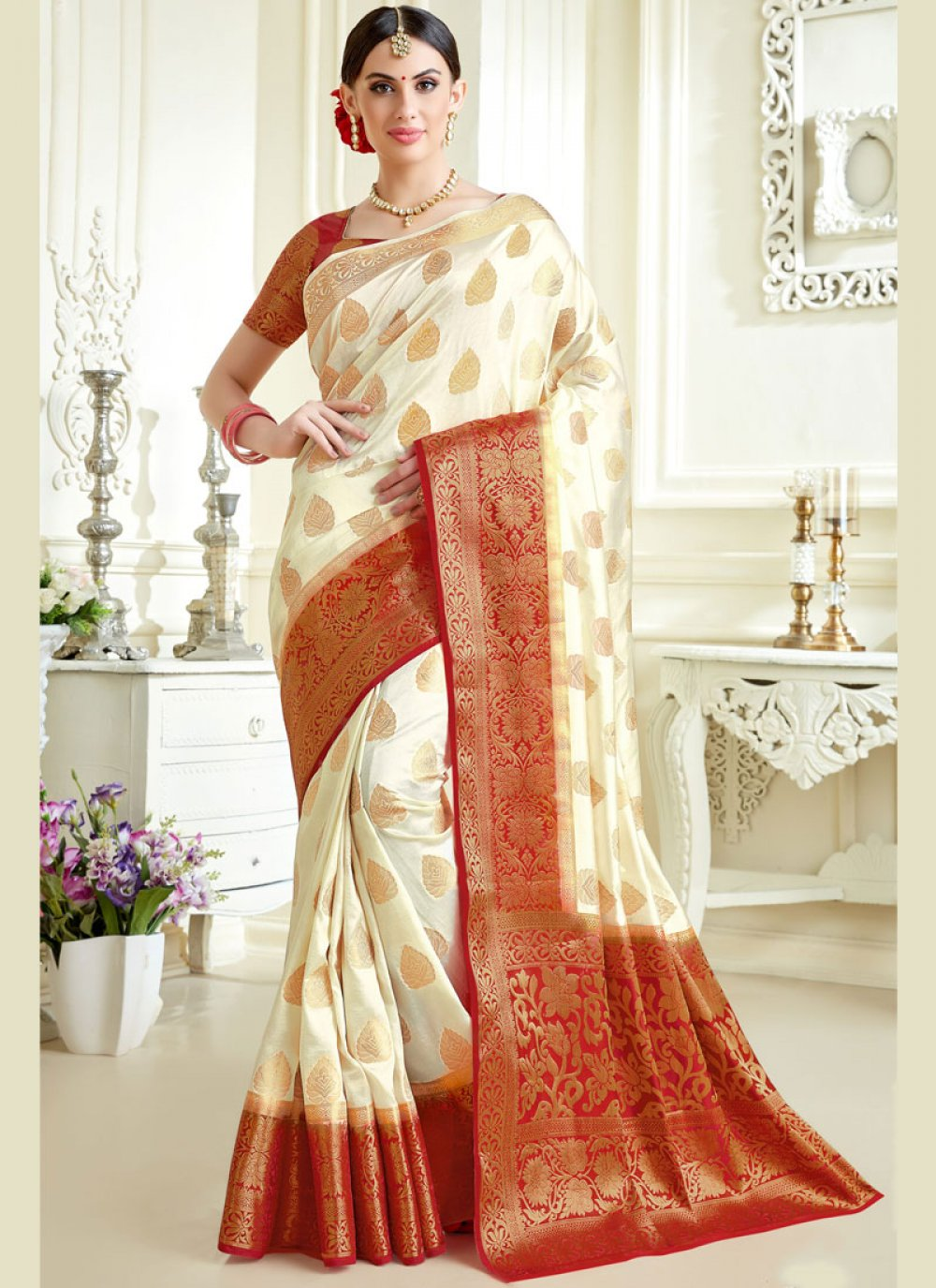 Tussar Silk Abstract Print Classic Saree in Off White