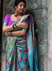 Weaving Wedding Traditional Saree