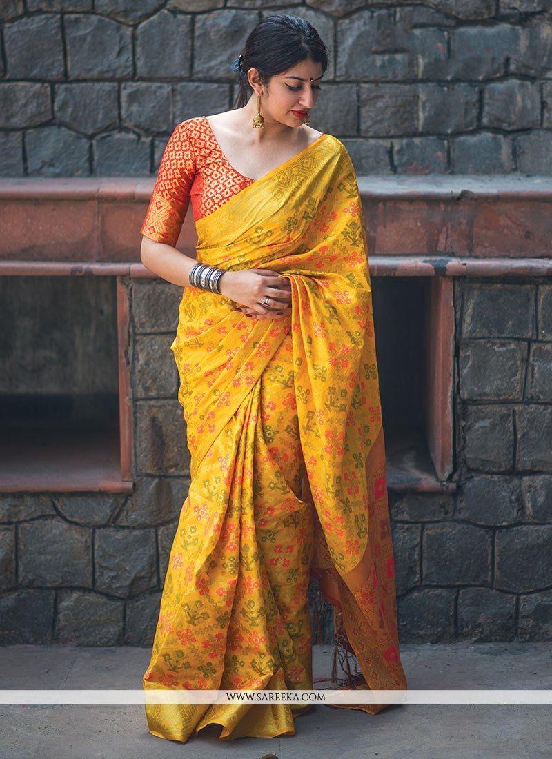 Weaving Work Banarasi Silk Classic Saree