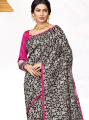 Abstract Print Classic Saree