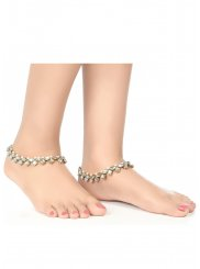 Anklet Pearls in White