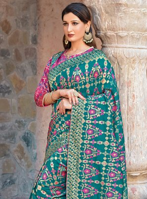 Art Silk Traditional Saree in Teal
