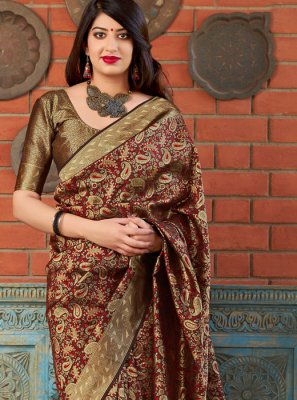 Banarasi Silk Weaving Traditional Saree in Maroon