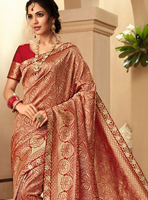 Border Jacquard Silk Trendy Saree in Red