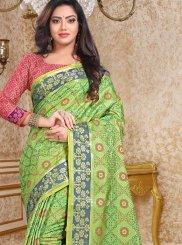 Classic Designer Saree Weaving Patola Silk  in Green