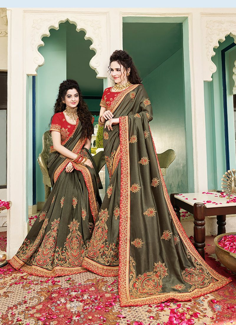Classic Saree For Mehndi
