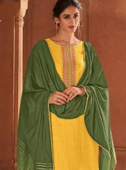 Designer Pakistani Suit For Ceremonial