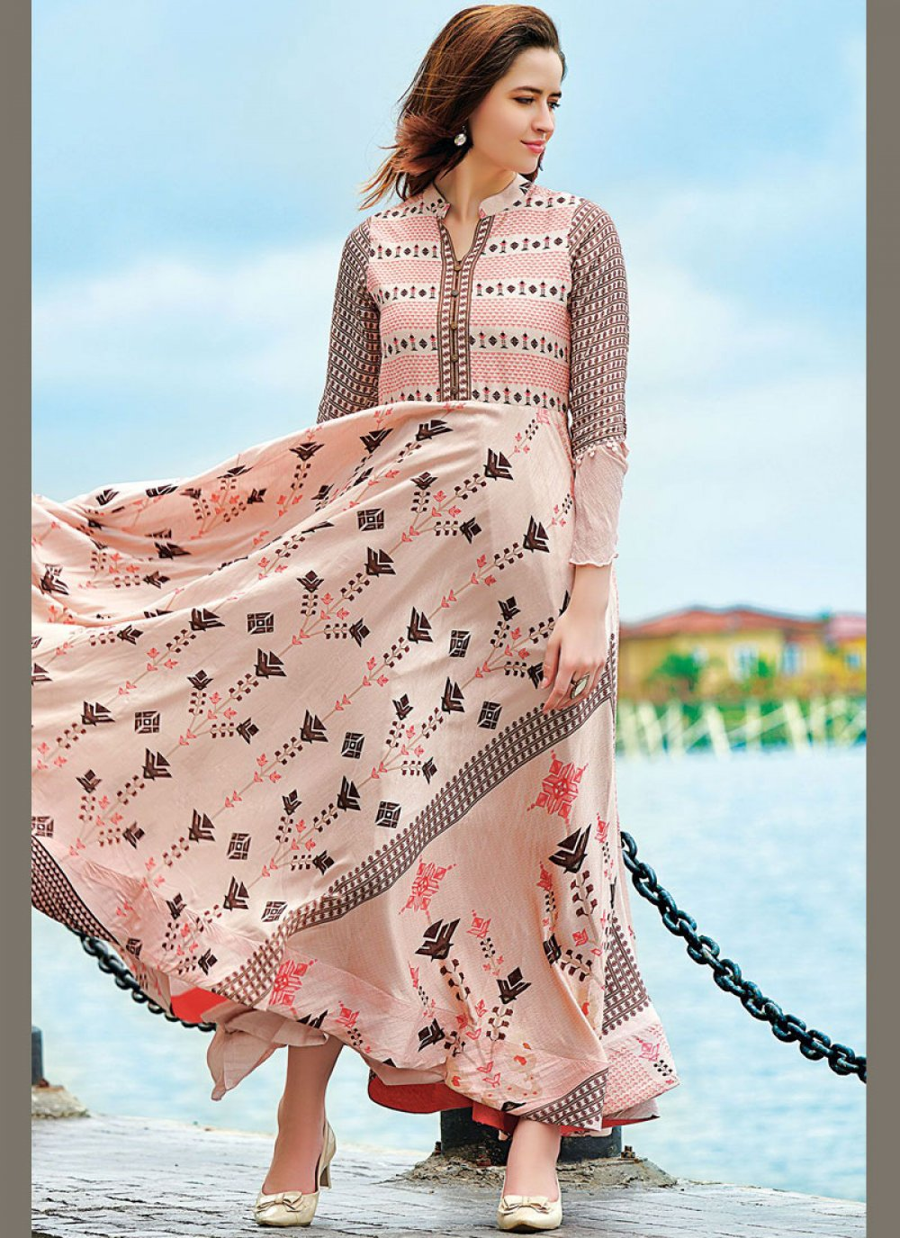 Digital Print Maslin Silk Trendy Gown in Multi Colour