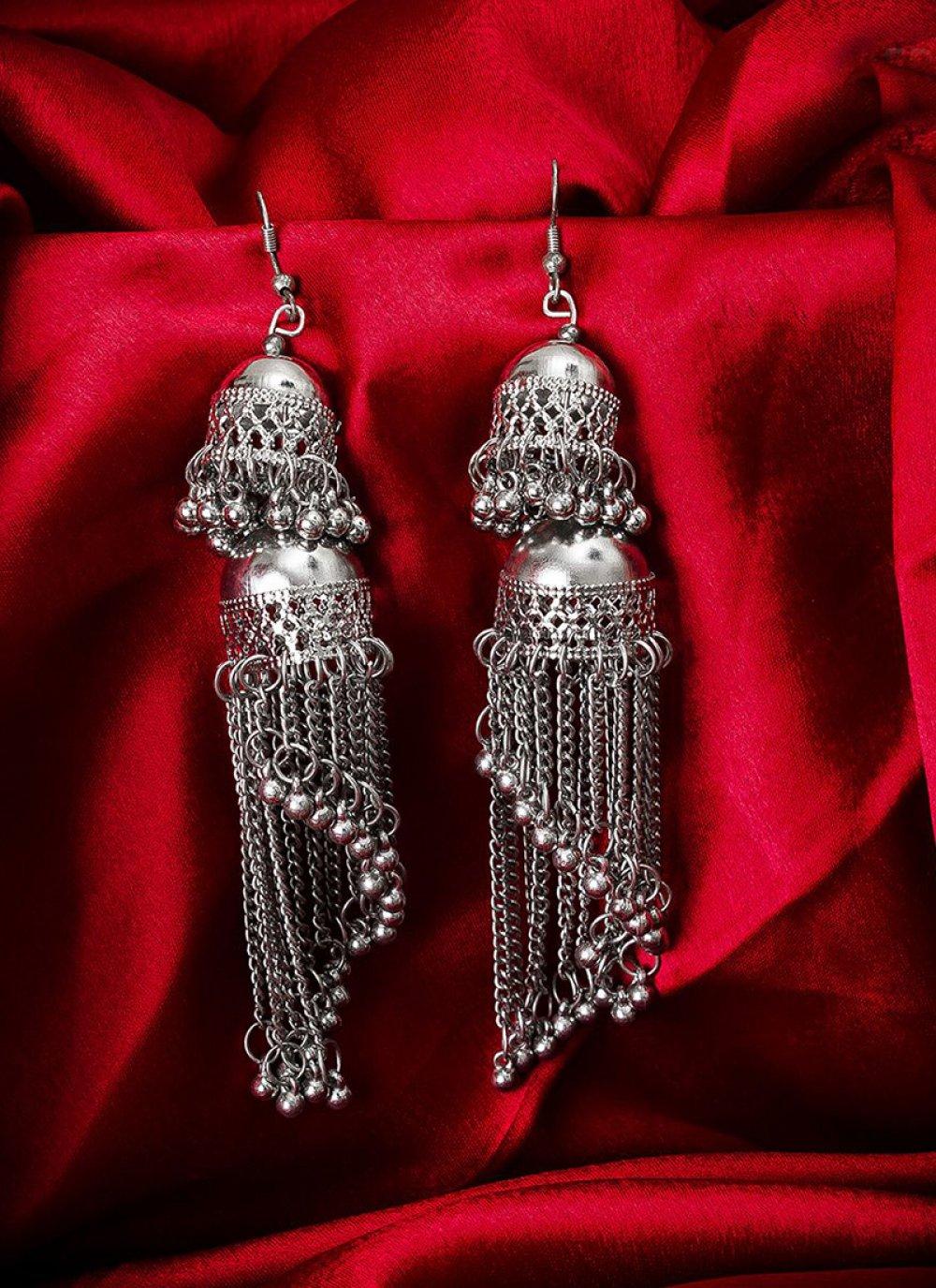 Ear Rings Stone in Silver