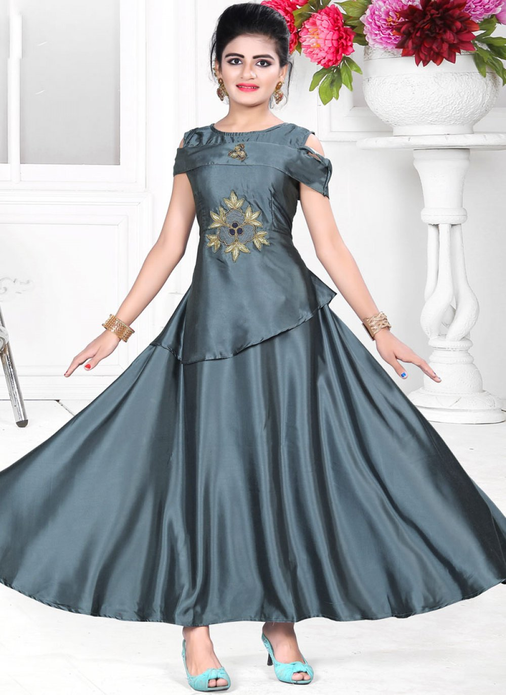 Eye-catchy Grey Color Gown With Handwork